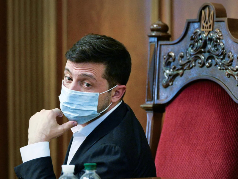 Украина Президенти офисидагилар бирин-кетин коронавирусга чалинмоқда