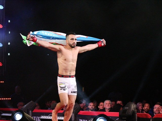 Ўзбекистонлик Заррух Адашев UFC'да илк ғалабасига эришди