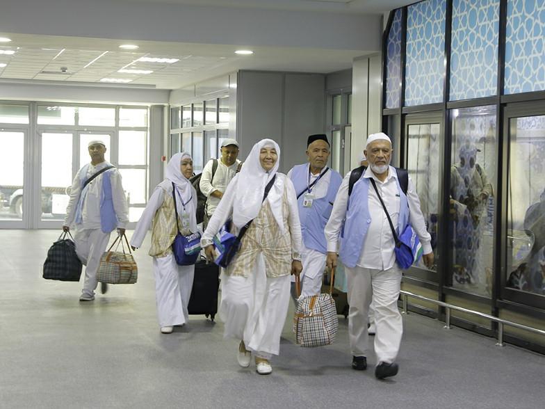 Саудия Арабистонига зиёратчиларнинг кириши вақтинча тўхтатилди