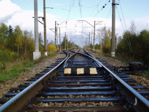 "Поезд остида қолган ""Газель"" ва Matiz бўйича маълумот берилди"