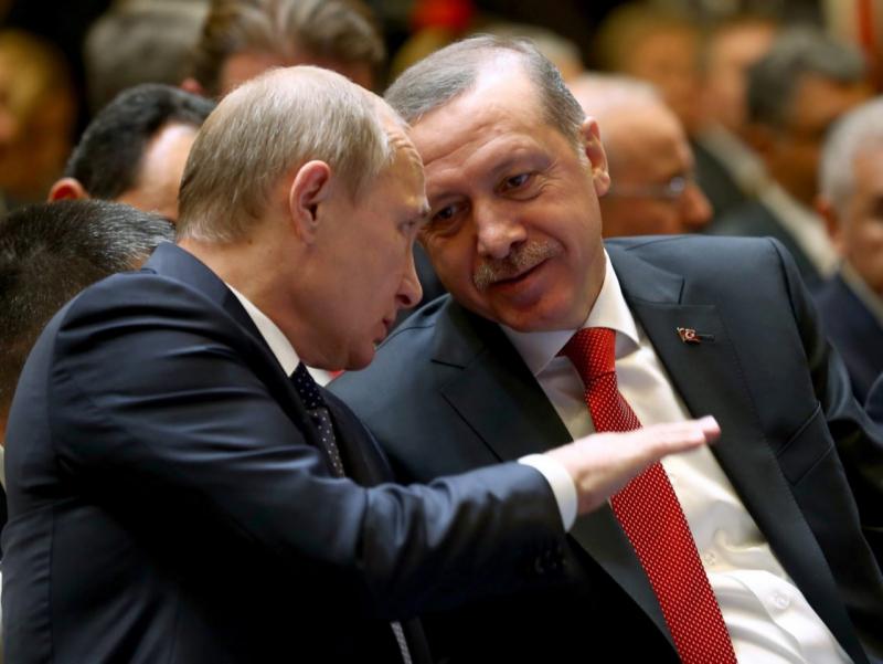Путин Эрдўған билан Сурия масаласини муҳокама қилди