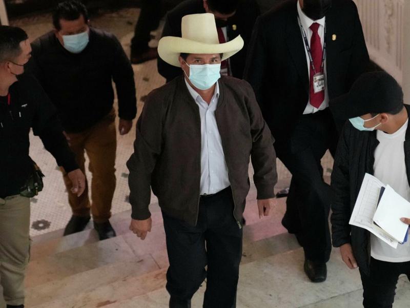 Перуда президентлик сайлови натижаси эълон қилинди. Аммо ғолиб ҳамон номаълум