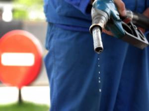 Benzin ishlab chiqarish o'tgan yilga nisbatan kamaydi – DSQ