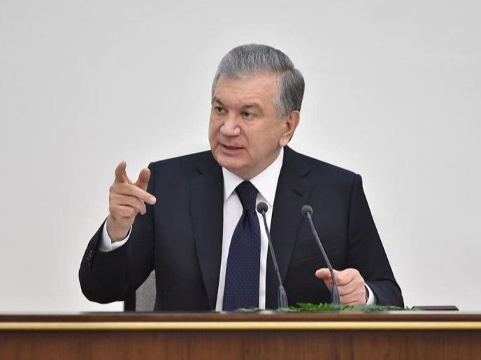 Президент Қораўзак туманидан Шовотгача темир йўл қурилишини айтди