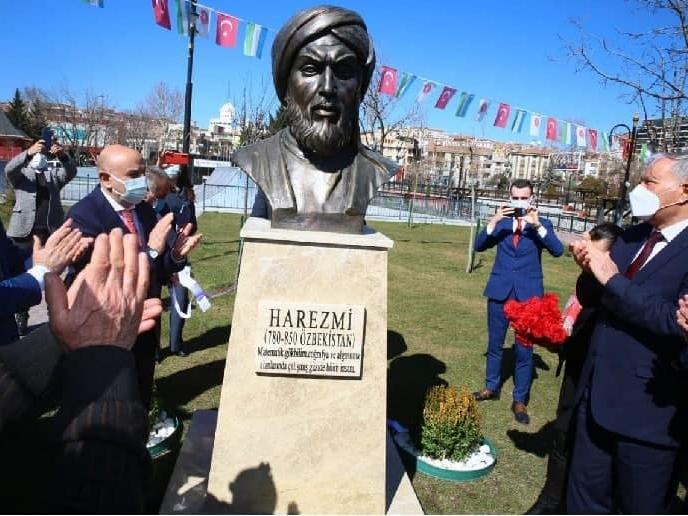 Туркияда ал-Хоразмий шарафига ёдгорлик ўрнатилди