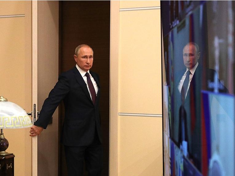 Путин Хавфсизлик Кенгаши билан Лукашенконинг Москвага ташрифини муҳокама қилди