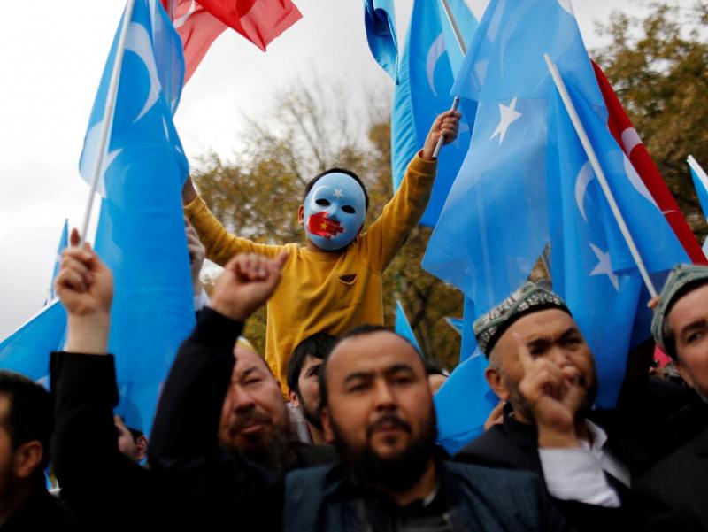 АҚШ Вакиллар палатаси уйғурлар сабаб Хитойга қарши санкцияларни маъқуллади