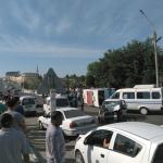 Самарқандда йўловчи автобус ағдарилиб тушди. 23 киши жароҳатланган
