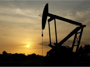 Эроннинг ракета ҳужумидан кейин нефть нархи ошиб кетди