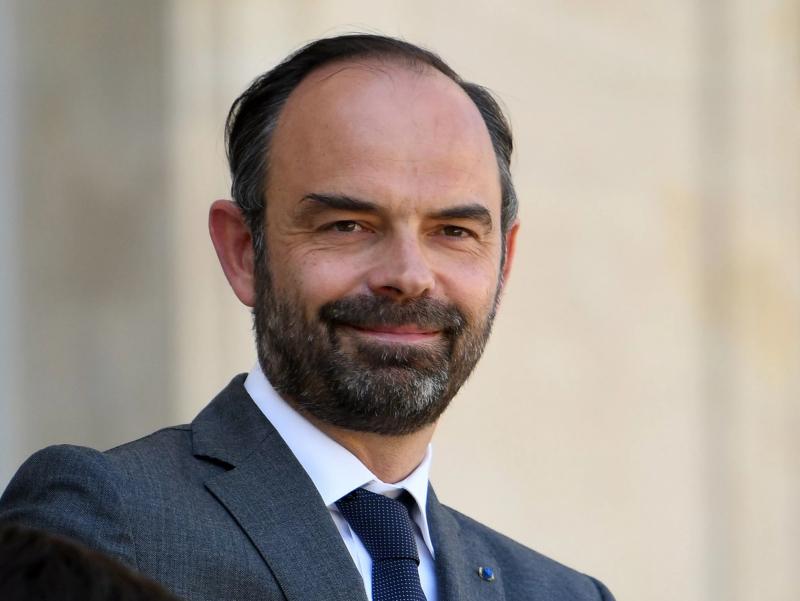 Франция Бош вазири истеъфога чиқди
