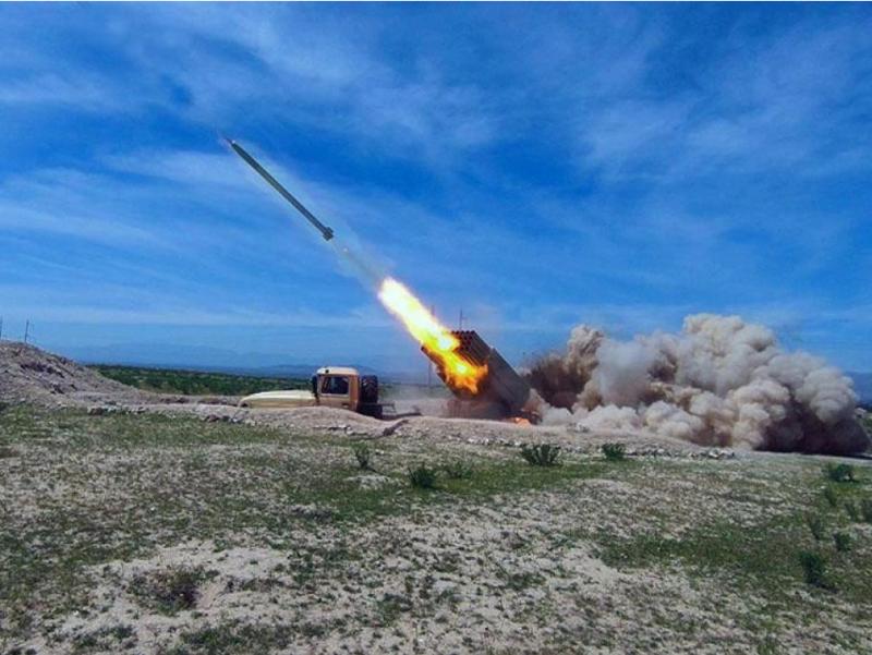 Armaniston Ozarbayjonning 3 rayoniga ballistik raketa uchirdi