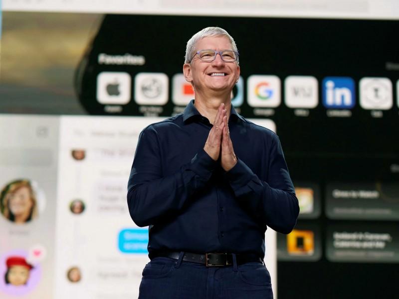 Tim Kuk yangi iPhone, iPad va Apple Watch'ni taqdim qildi (foto)
