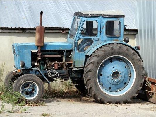 Тракторчи-машинист гувоҳномасининг янги намуналари ишланади