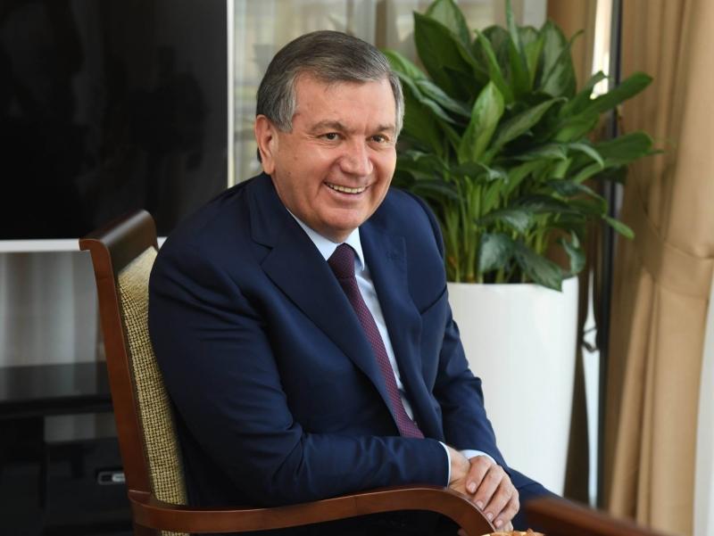 "Шавкат Мирзиёев ""Йилнинг олтин одами"" бўлди"