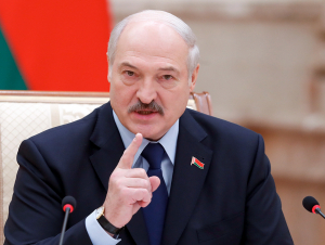 Беларусь Президенти нега мобиль телефон ишлатмаслигини ошкор этди
