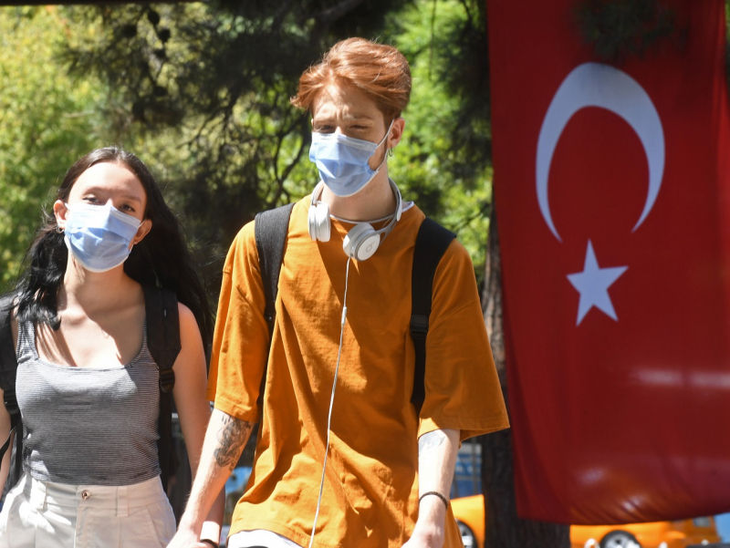 Туркия чет элликлар учун чегараларини ёпиши мумкинлигини маълум қилди