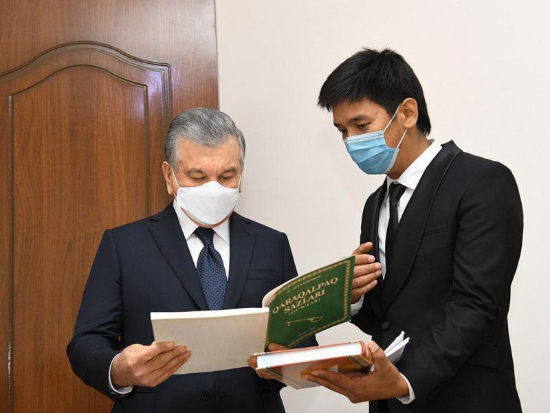 Президент Нукусдаги Опера ва бахшичилик мактаб-интернатини бориб кўрди