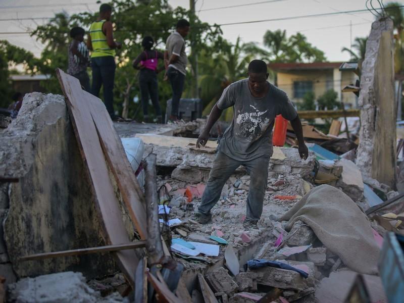 Гаитидаги зилзила қурбонлари сони кескин ошиб кетди