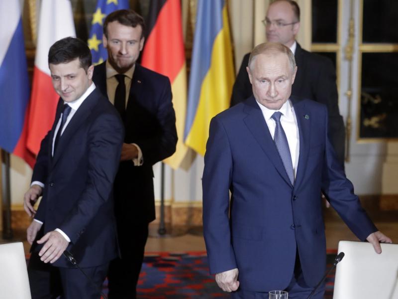 Зеленский ва Путин учрашуви: Кремль нимани кутаётганини маълум қилди