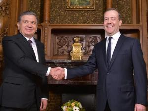Шавкат Мирзиёев Тошкентга келаётган РФ Бош вазири Дмитрий Медведевни қабул қиладими?