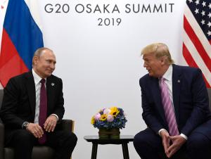 Узоқ кутилган воқелик: Путин ва Трамп учрашуви бошланди