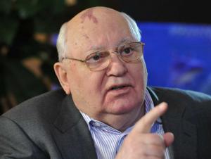 Горбачёв Путинга қарши чиқди