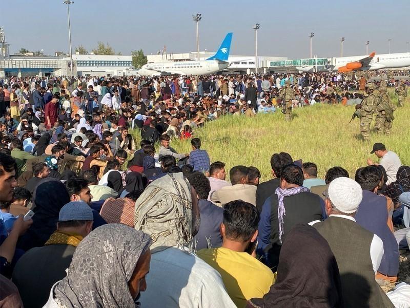 """Turkiya Qobul aeroportini qo'riqlash rejasidan voz kechdi — """"Reuters"""""""