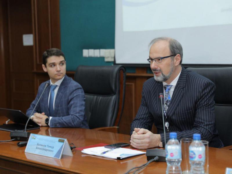 """""""O'zmilliybank"""" va Gazprombank bank xodimlari uchun seminar o'tkazdi"""