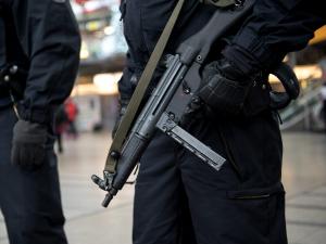 Лондонда теракт содир бўлди (видео)