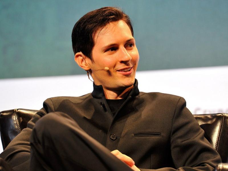 """Durov iPhone foydalanuvchilarini """"qullar"""" deb atadi"""