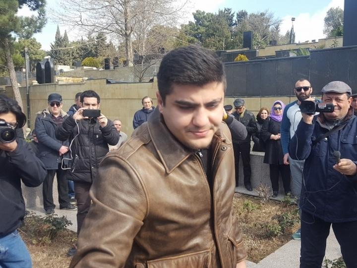 Президент ва оиласини танқид қилган журналист озодликка чиқди