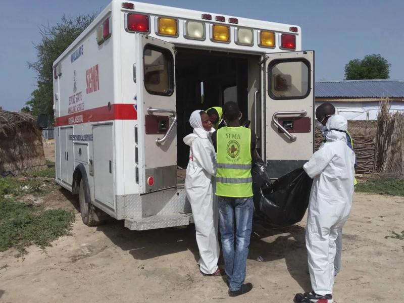 Nigeriyada bir oilaning 24 a'zosi ovqatdan zaharlanib, vafot etdi