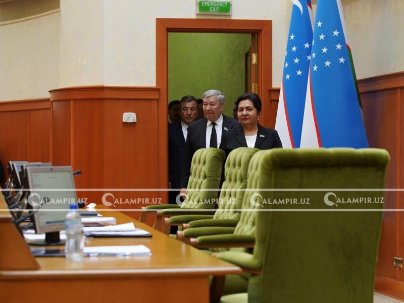 Senat majlisi koronavirus sabab yangicha shaklda o'tkaziladigan bo'ldi