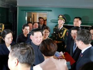 Ким Чен Ин Ханойга етиб келди