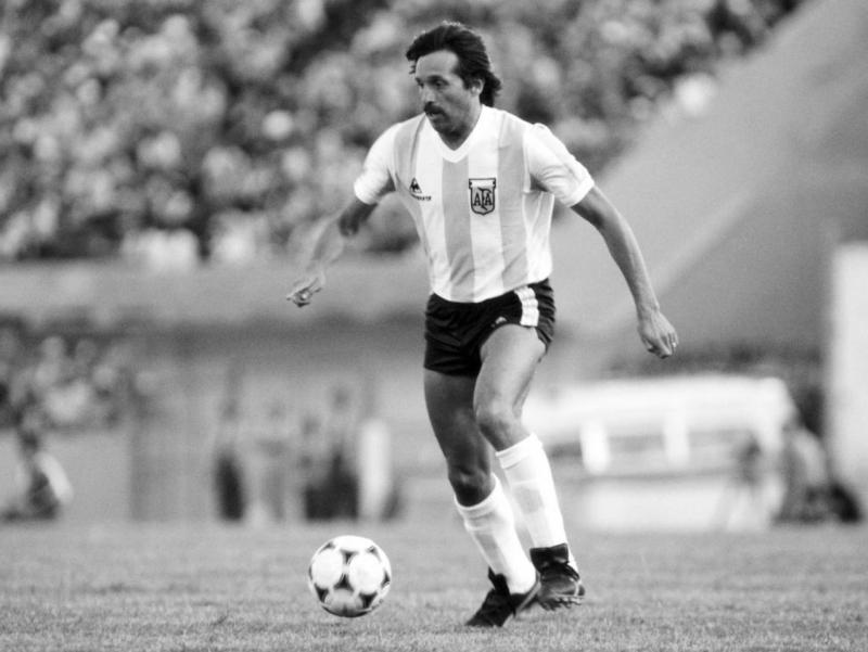 Аргентиналик футболчи Леопольдо Луке вафот этди
