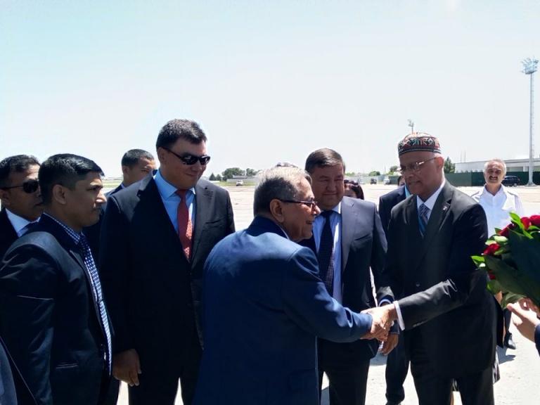 Бангладеш Президенти Ўзбекистонга келди