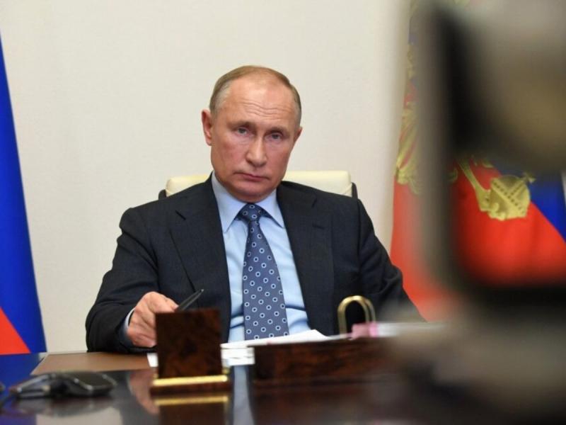 Путин оммавий эмлашни бошлашга кўрсатма берди