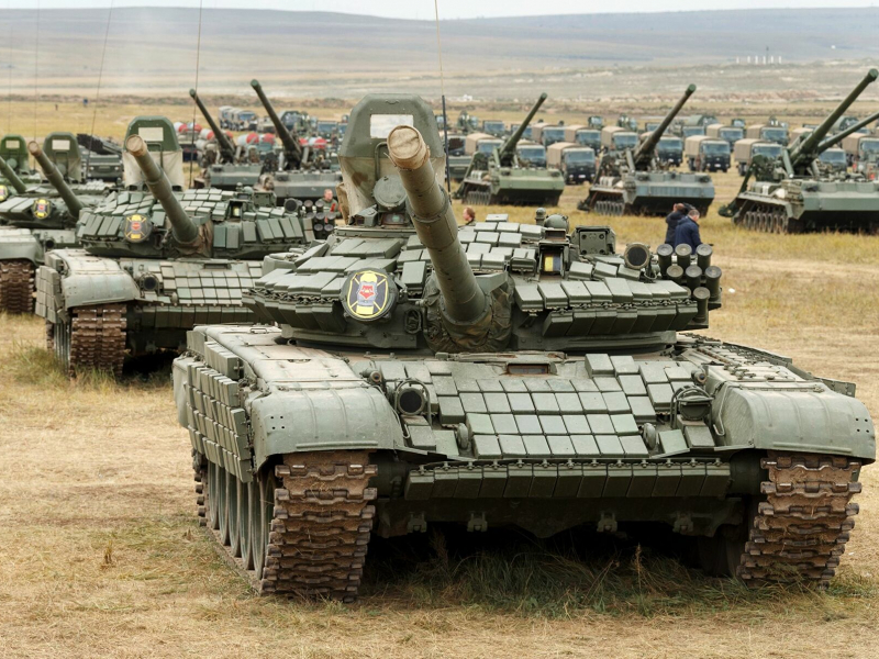 Rossiya tanklari Afg'oniston chegarasiga yetib bordi