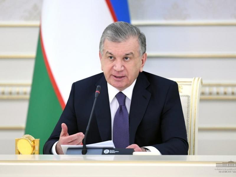 Mirziyoyev ikki hokim va ayrim sektor rahbarlarini ishdan oldi
