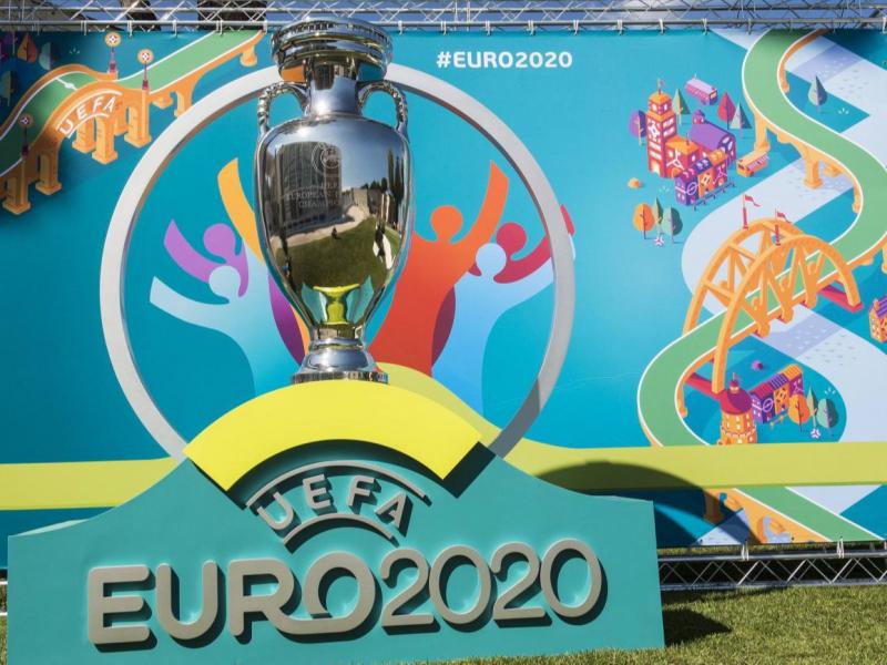 Коронавирус Евро-2020 га хавф сола бошлади