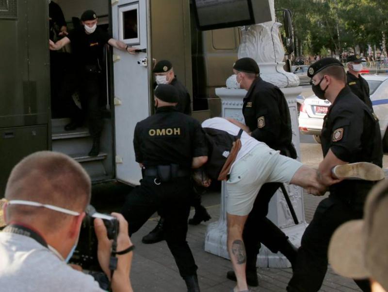 Сайловолди машмашалари. Беларусда 80 киши ҳибсга олинди