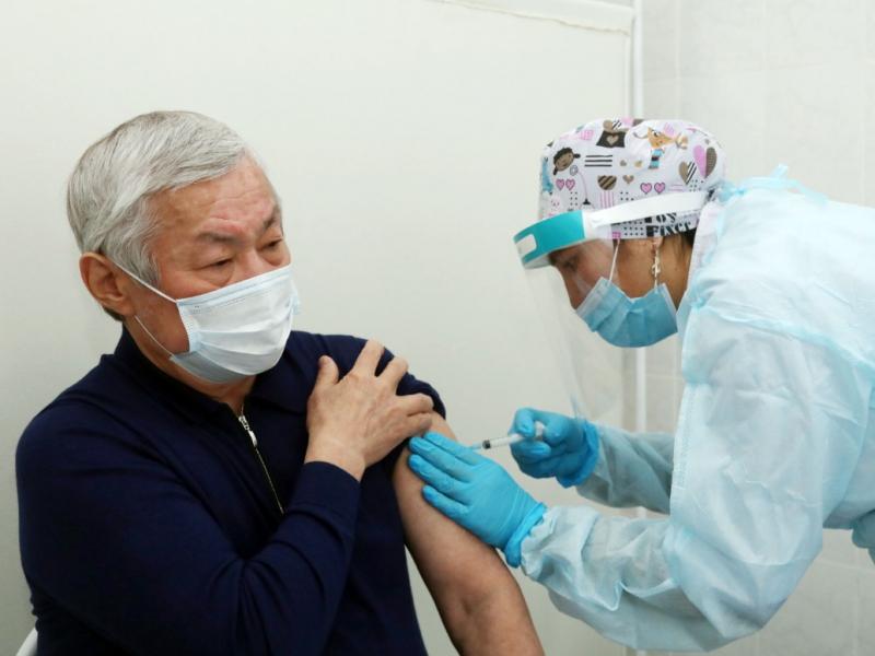 Қозоғистон коронавирусга қарши ўз вакцинасини рўйхатдан ўтказди