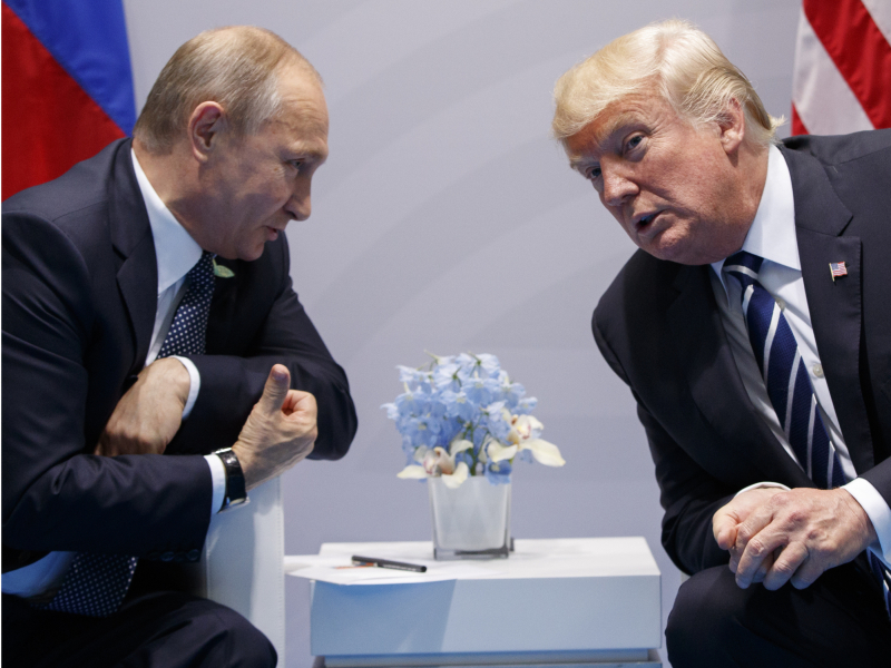 """""""U — yorqin shaxs"""". Putin Tramp haqida fikr bildirdi"""