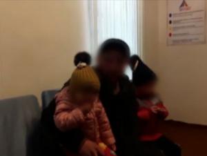 Вояга етмаган болаларини қийнаган ота халқдан узр сўради (видео)