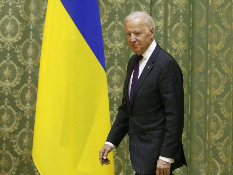 Rossiya, gaz quvuri va Ukraina: Bayden Zelenskiyga maksimal xavfsizlikni kafolatlashini aytdi