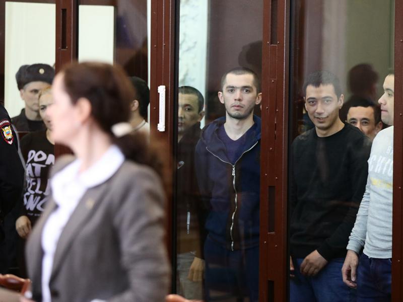 Санкт-Петербург метросида теракт уюштирганларга ҳукм ўқилди