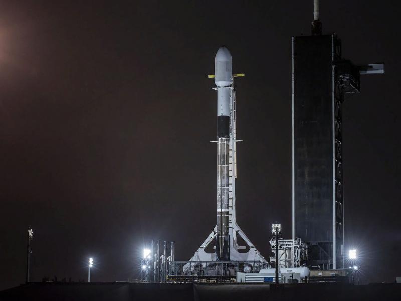 SpaceX 60 та сунъий йўлдошни фазога олиб чиқди