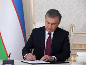 Шавкат Мирзиёев давлат органлари фаолиятига доир қонунни имзолади