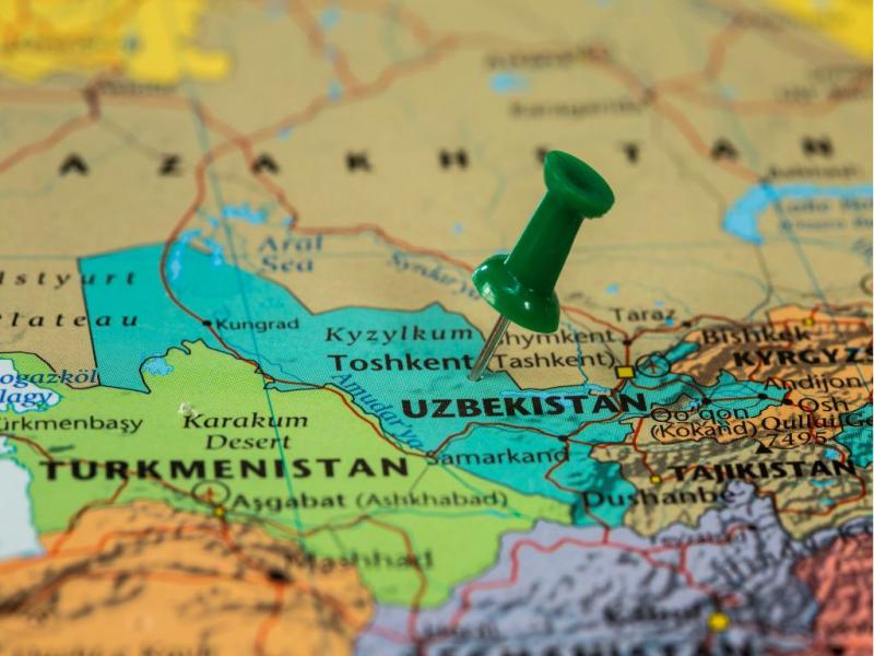 """""""Forbes"""": O'zbekiston """"geografiya — bu taqdir"""" qoidasidan voz kechishga urinmoqda"""