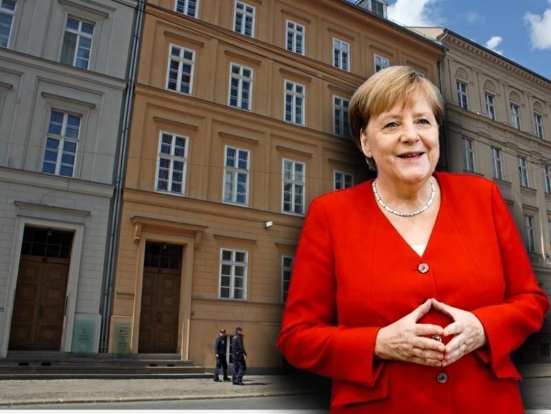 """Ruhoniy oilasidan chiqib, kansler bo'lgan Merkel yoxud ijarada yashaydigan """"Germaniya onasi"""""""
